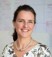 Dr. Caroline Verlinde